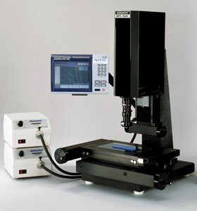 Opti-Zoom QC300, 8x4, 2 Micron, CNC Controlled by Flexbar