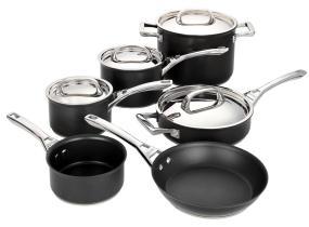 Range of Circulon Infinite Cookware