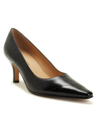 Karen Scott Clancy Pump shoe for women