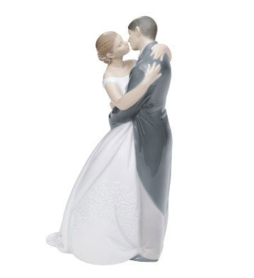 "Nao A Kiss Forever 9"" High Porcelain Sculpture"