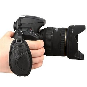 GTMax Black Digital Camera SLR Hand Strap Hand Grip Holder for Canon EOS 1100D/Rebel T3, EOS 600D/Rebel T3i, EOS 60D, EOS 550D/Rebel T2i, EOS 1D Mark IV, EOS 7D, EOS 500D/Rebel T1i, EOS 1Ds Mark III, EOS 1D Mark III, EOS 5D Mark II, EOS 50D, EOS 40D, EOS 450D/Rebel XSi, EOS 400D/Digital Rebel XTi, EOS 1000D/Rebel XS