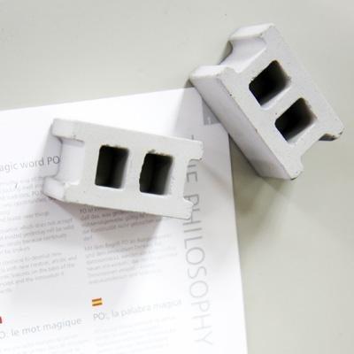 mollaspace-concrete-block-magnet