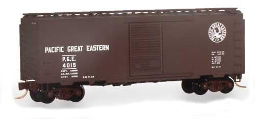 Micro Trains N 20970, 40' Standard Box Car, Single Door, Pacific Great Eastern PGE #4015 (N Scale)