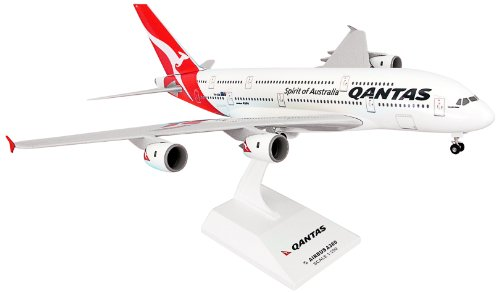 daron-skymarks-qantas-a380-8-new-livery-model-kit-with-gear-1-200-scale