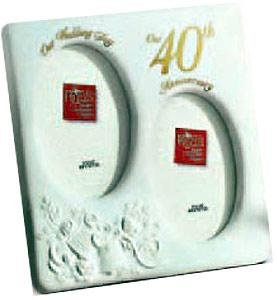"""Special 40th Anniversary oval duo by Russ Berrie - 3 1/2"""" x 5"""""""