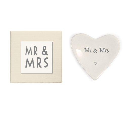 East of India Cœur Mr Mrs &Plat décoratif en porcelaine dans une boîte-cadeau