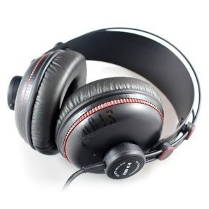 Superlux HD-662 Closed Back Studio Headphones from Superlux