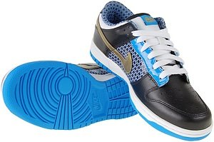 pictures of Nike Women' s Dunk Low 6.0