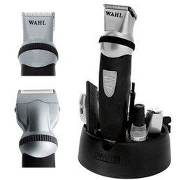 Wahl Professional Manscaper Rechargeable Full Body Hair Trimmer/clipper (No. Wa8746)+a-viva Nail Kit