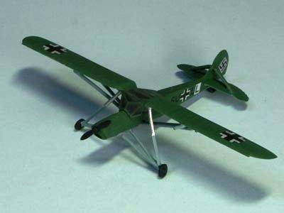 ドイツ軍 シュトルヒ 機体コード SU+LL ムッソリーニ救出作戦時
