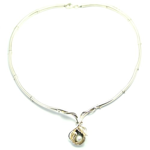Hagit Gorali Silver and Pearl Necklet D659