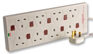 Individually Switched Outlet Strip Hit Bg