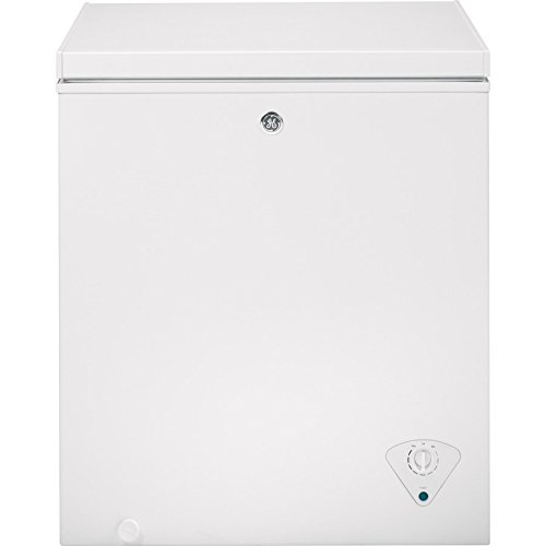 "GE FCM5SHWW 5.0 cu. ft. Chest Freezer with Adjustable Temperature Control Upfront Defrost Water Drain Power ""ON"" Light Recessed Handles and Lift-Out Sliding Bulk Storage Basket in"