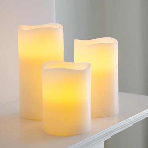 set-of-3-real-wax-battery-operated-flickering-led-candles-by-lights4fun