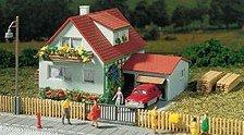 Auhagen 12222 - Haus mit Garage