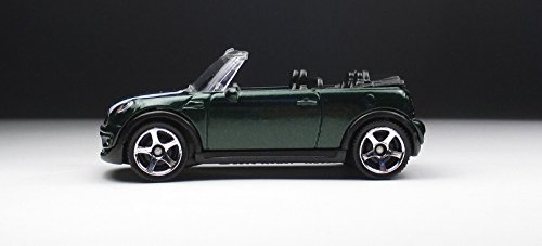 Matchbox Mbx Adventure City 2010 Mini Cooper S Convertible Green 65/120 by Mattel günstig kaufen