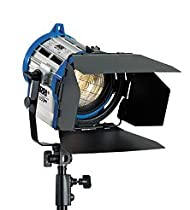 Arri 650/3 Compact Fresnel Kit with 3 650 Watt Plus Fresnel Tungsten Lights, Bulbs and Accessories, 1,950 Watts, 120 Volts.