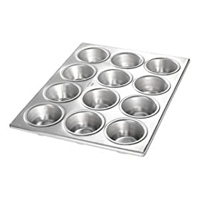 Chicago Metallic 20 Gauge Aluminum 12-Cup Muffin / Cupcake Pan