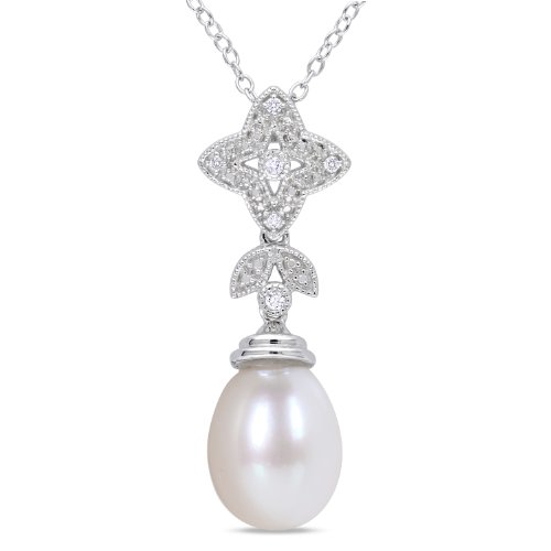Sterling Silver Freshwater White Pearl and 0.04ct TDW Diamond Fashion Pendant (H-I, I2-I3)