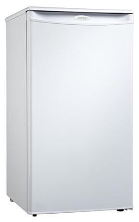 New Danby 3.2 Cubic Foot Portable Refrigerator Integrated Door Handle Scratch Resistant Work Top