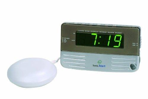 絶対起きる!!大音量&爆裂振動式目覚し時計(1年間保証付 ),最大59分間鳴動可,2時刻アラーム,音量&スヌーズ間隔も調整可能、LED表示の明るさも5段階調節。軽量&コンパクトなのに超強力な目覚まし時計!