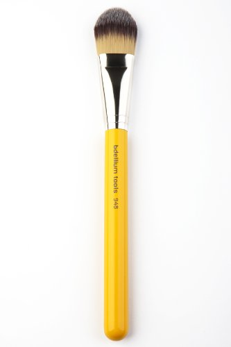 Foundation Application Antibacterial Makeup Brush #948 - Studio Line