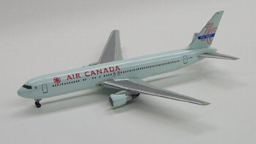 Dragon Models 1/400 Air Canada 767-300 '70th Anniversary'