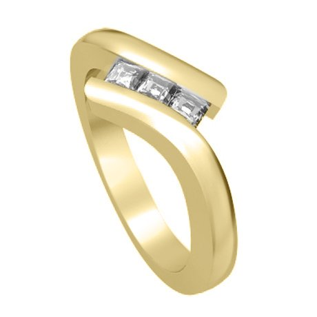 0.60 carat 3 Diamond Trilogy Promise Ring for Women. H/SI1 Princess Cut Diamond in 18ct Yellow Gold