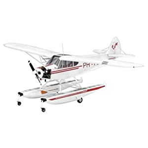 Amazon com revell 1 32 piper pa 18 float plane toys amp games
