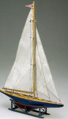 Endeavour II Single-Mast 1937 US Racing Yacht 1/193 Mamoli