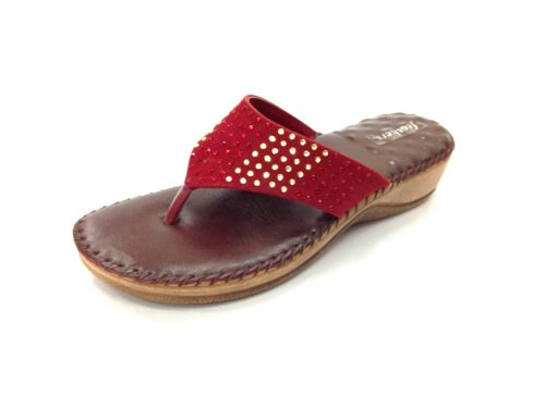 Feathers Women's Maroon Synthetic Chappals