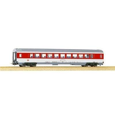 IC 1ST CLASS PASSENGER CAR - PIKO HO SCALE MODEL TRAINS 57610