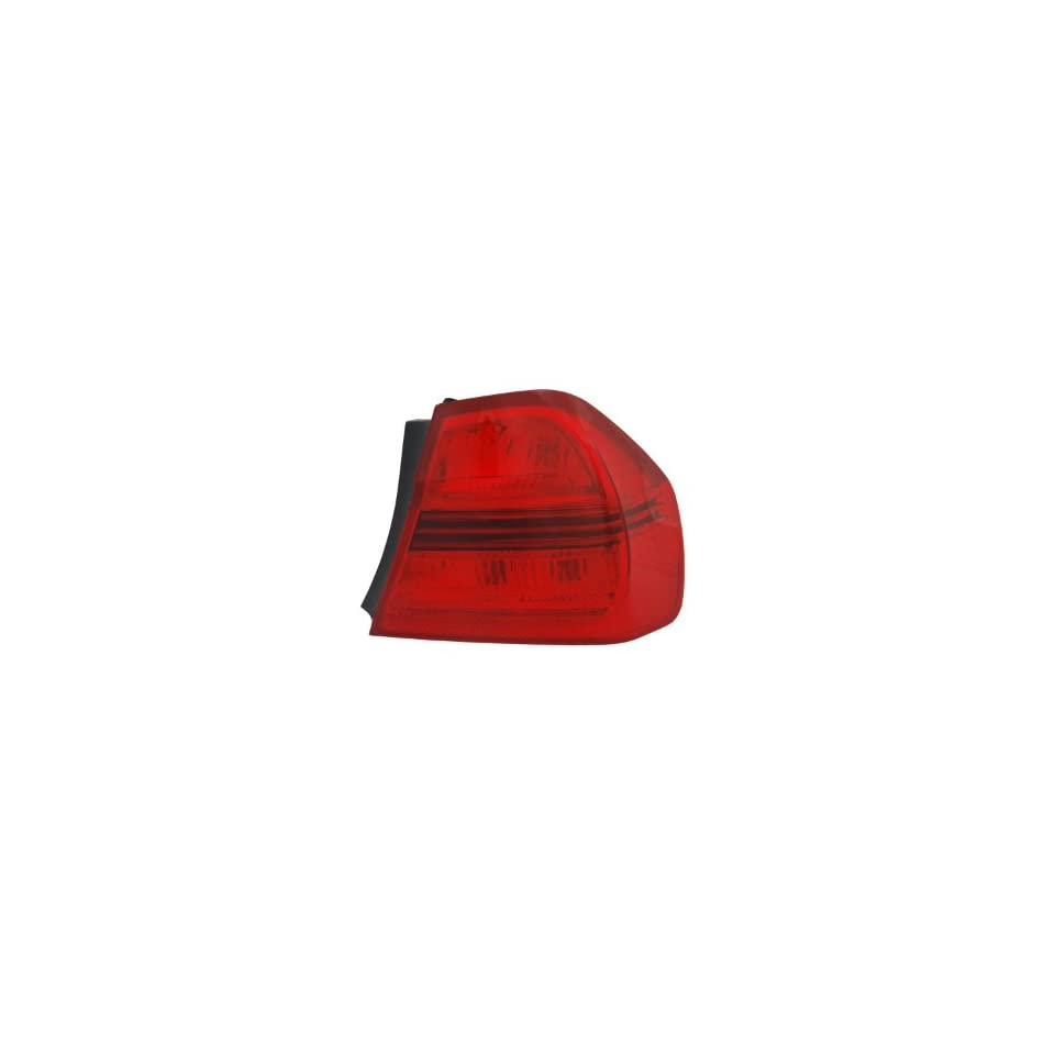 TYC 11 0907 00 BMW 323i Replacement Tail Lamp