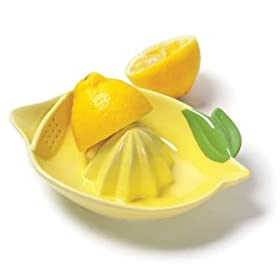 Lemon-Shaped Juicer by TAG
