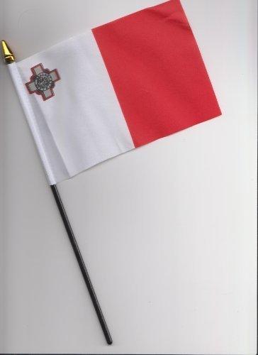 malta-hand-flag-25cm
