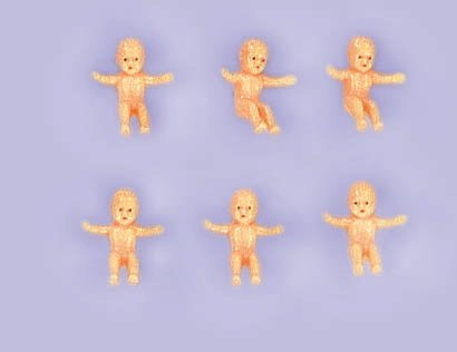 Plastic King Cake Babies 6ct