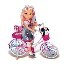 Poupée Nancy vélo