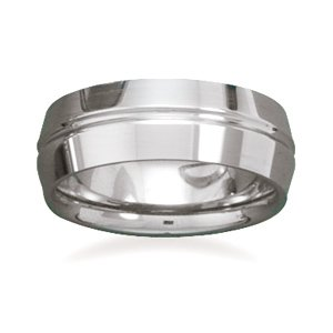 Tungsten carbide ring with beveled edges. / Size 12