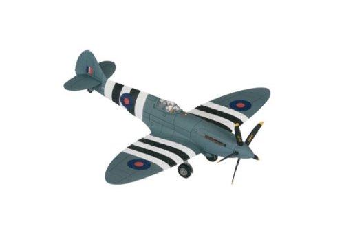 Corgi Raf Spitfire Pr Xix 1/72 PM631 Battle Of Britain Mem