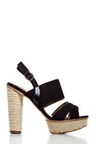 Canvas Strapped Pumps in Black