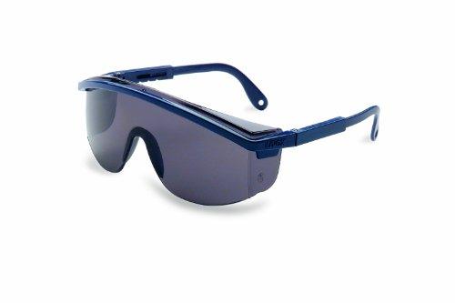 Uvex S136 Astrospec 3000 Safety Eyewear, Black Frame, Gray Ultra-Dura Hardcoat Lens (Fisher 3000 compare prices)