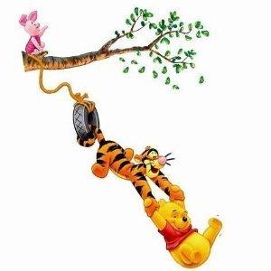 winnie the pooh tigger ferkel xl wandsticker an einen ast schaukelnd 70 x 50 cm 1. Black Bedroom Furniture Sets. Home Design Ideas