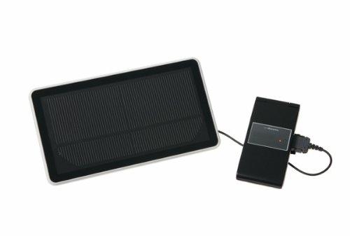 電源のない場所でも、太陽があれば約4時間から5時間でFOMAを満充電可能:FOMA ecoソーラーパネル充電器01【docomo純正品】  ASI39002