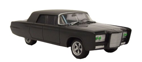 Buy Low Price Factory Entertainment The Green Hornet TV Series Black Beauty Collectible Die-Cast Vehicle Figure (B004477UZS)
