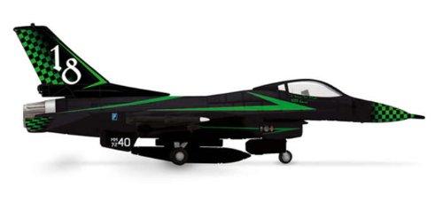 Herpa Italian Air Force F-16A 1/200 Green Light (**)