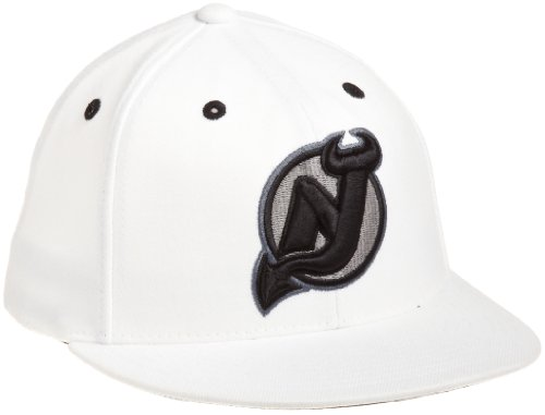 NHL New Jersey Devils Game Day White Pro Shape Flat Brim Flex Cap- Tx79Z