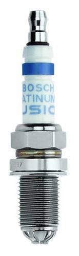 Bosch (4504) Platinum IR Fusion Spark Plug, (Pack of 1) (2000 Expedition Spark Plugs compare prices)