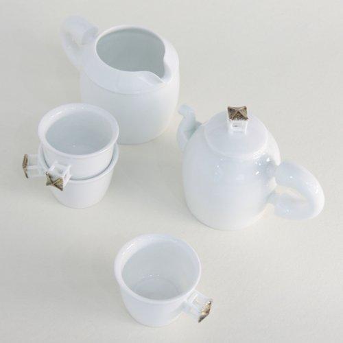 White Porcelain Korean Pavilion Design Ceramic Pottery Personal Tea Leaf Brewing Pot Cooling Bowl Cup Teacup Teapot Gift Set