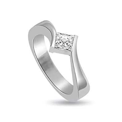 0.20ct G/SI1 Solitaire Diamond Engagement Ring for Women with Princess Cut Diamonds in 18ct White Gold