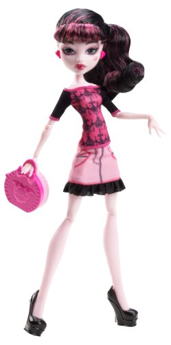 Monster High Basic Travel Draculaura Doll